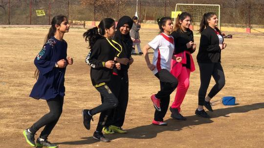 Elke week traint Fareesay wel drie keer met haar meisjesteam.