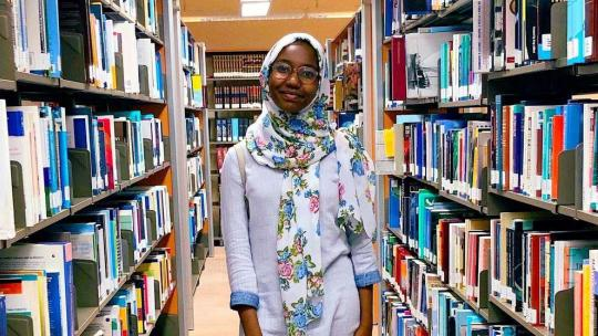 In een korte tijd las Hadeel uit Sudan tientallen boeken.