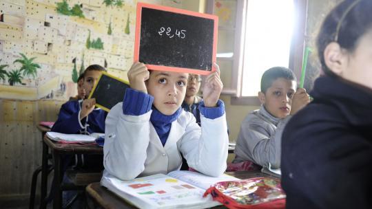 Steeds meer meisjes gaan naar school, zoals Wiam (9) uit Marokko.