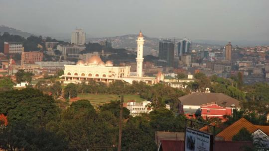 De grootste moskee in Kampala