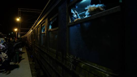 overvolle-treinen-in-Macedonie