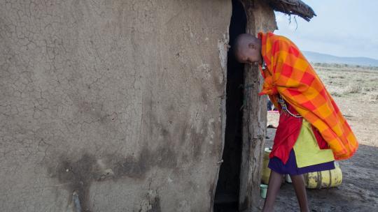 Timanto deelt haar huis met acht familieleden.
