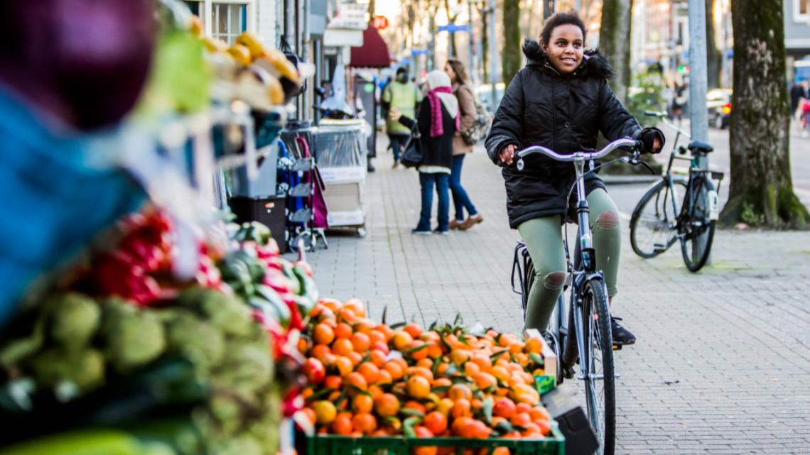 Amen op de fiets in de stad
