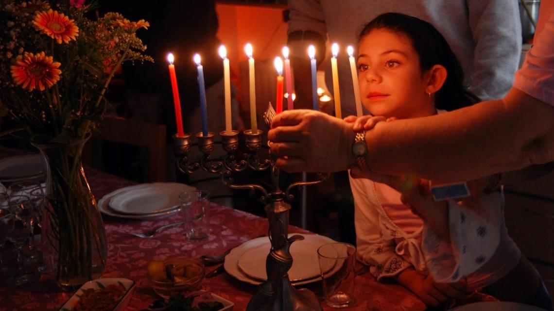 Kaarsen tijdens Chanoeka