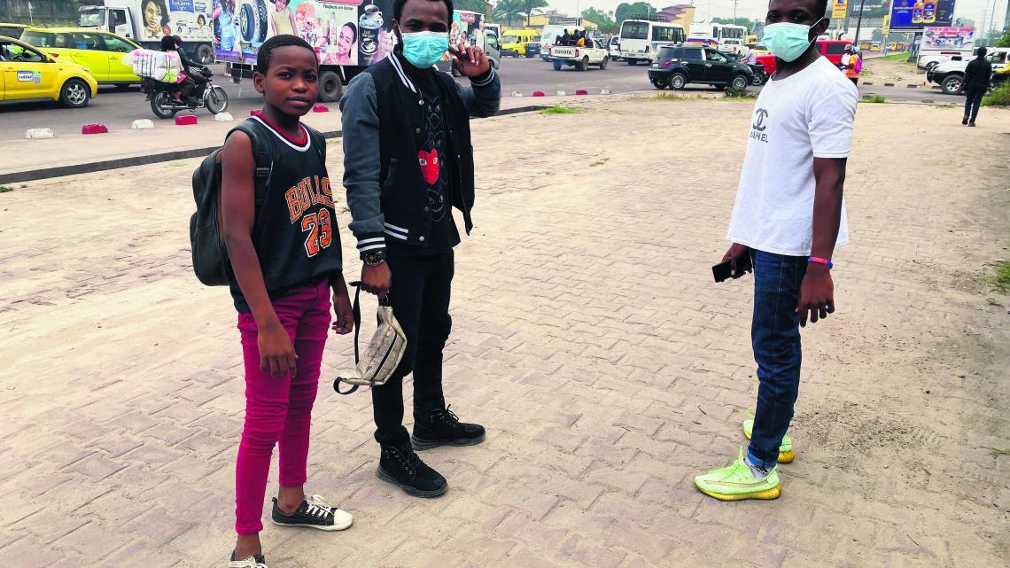 Straatartiesten zijn er op elke hoek in de Congolese hoofdstad Kinshasa.