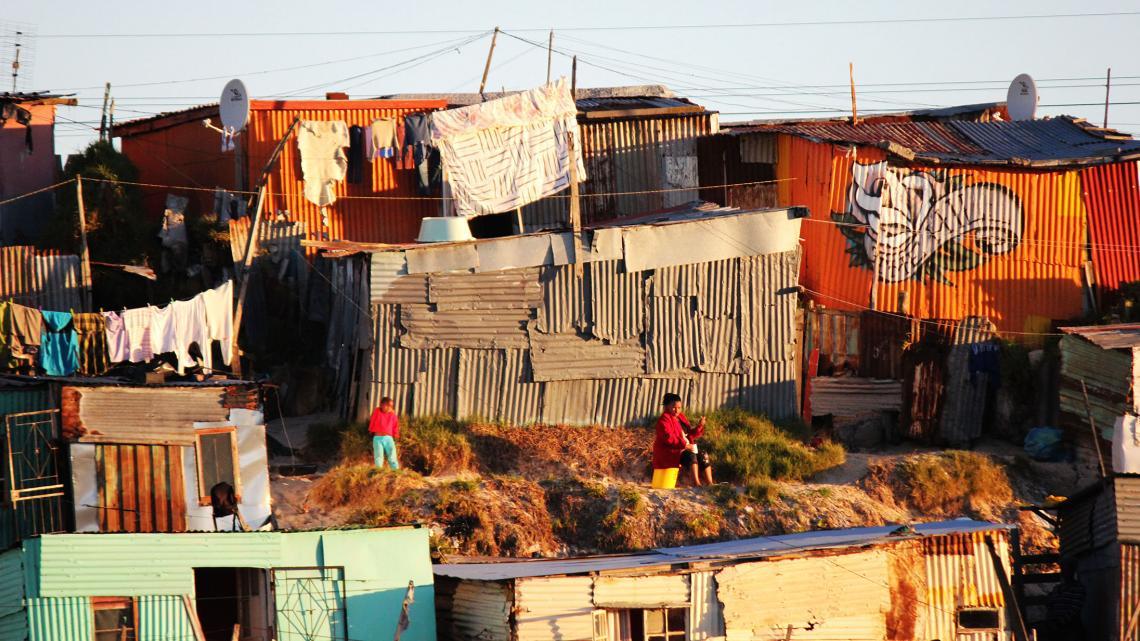 Khayelitsha, een township van Kaapstad, telt 1,5 miljoen bewoners.