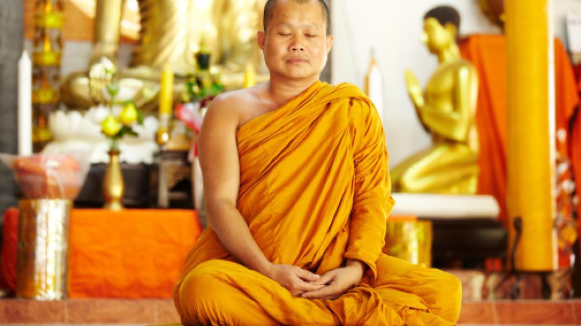 Boeddhisten mediteren en trainen zo hun geest om kalm en vredig te zijn.