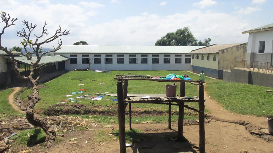 In deze gevangenis leven 20 meisjes en 230 jongens.