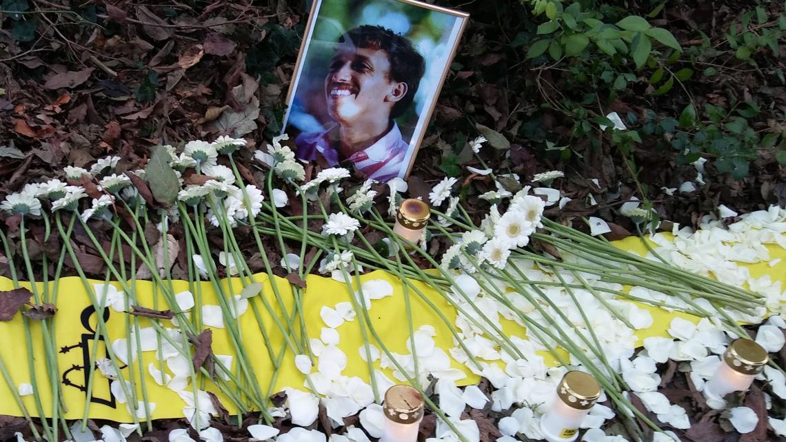 Diva's vader werd in 2004 vermoord.