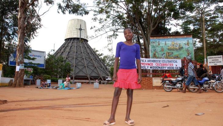 Enidy woont in de Ugandese hoofdstad Kampala waar zowel christenen als moslims wonen.