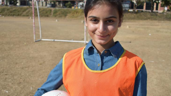 Fareesay uit Islamabad strijdt voor gemengde voetbalteams.