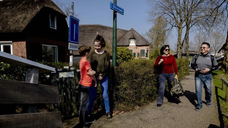 Elsa en Daan wonen in Giethoorn: een toeristische trekpleister.