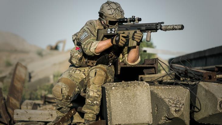 Een oorlog is een gewapende strijd tussen landen of volken.