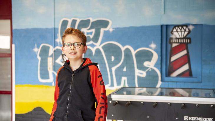 Doordeweeks woont Stijn in een internaat voor schipperskinderen.