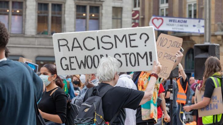 Duizenden mensen demonstreerden afgelopen maandag tegen racisme.
