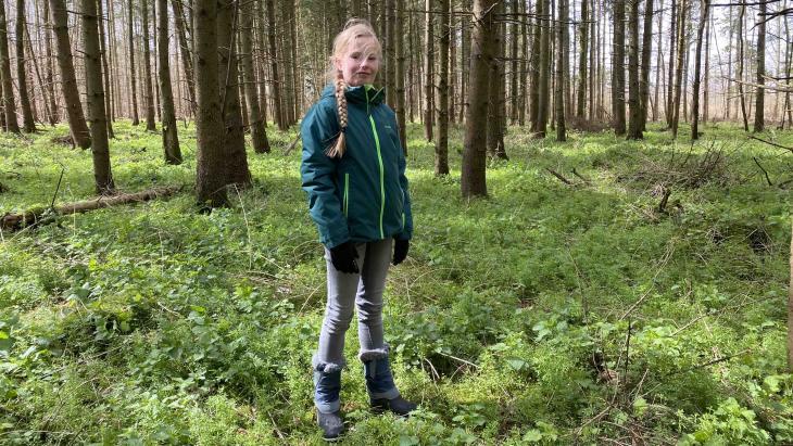 Ronja is nergens liever dan in het bos.