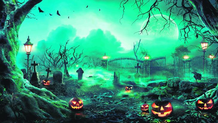 Tijdens Halloween moeten enge gezichtjes op pompoenen de boze geesten verjagen.
