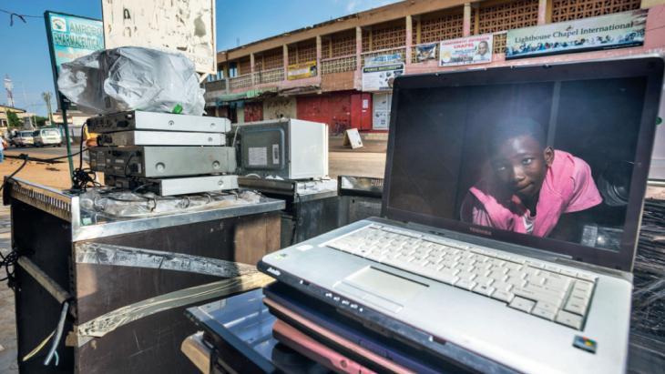 Marlon (12) zou wel een laptop op de tweedehands markt willen kopen.