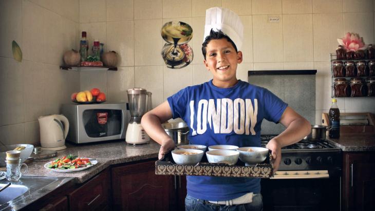 """Mufid (14) woont aan de rand van Amman, de hoofdstad van Jordanië.""""Ik wil chef-kok worden met een eigen vijfsterrenrestaurant in Europa."""""""