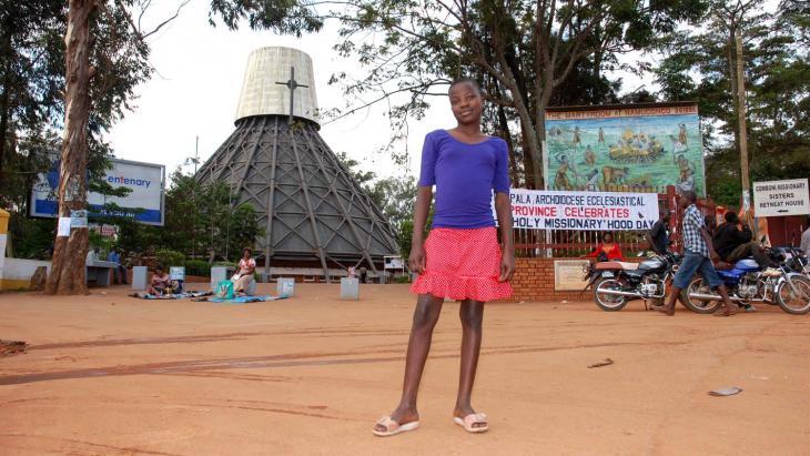 In Kampala staan moskeeën en kerken