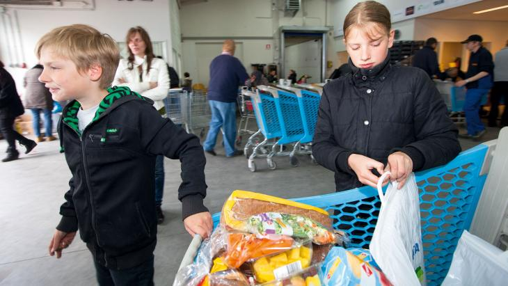 Nederland_voedselbank_boodschappen
