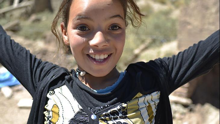 Hafida woont in een bergdorp in Marokko.