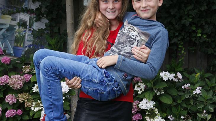 Nederland_meisjesrechten_tweeling1