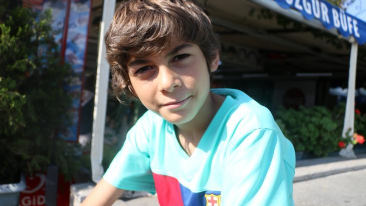 Yusuf (12) kan sinds de staatsgreep in Turkije niet naar zijn eigen school.
