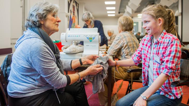 Vrijwilliger in Repair Cafe